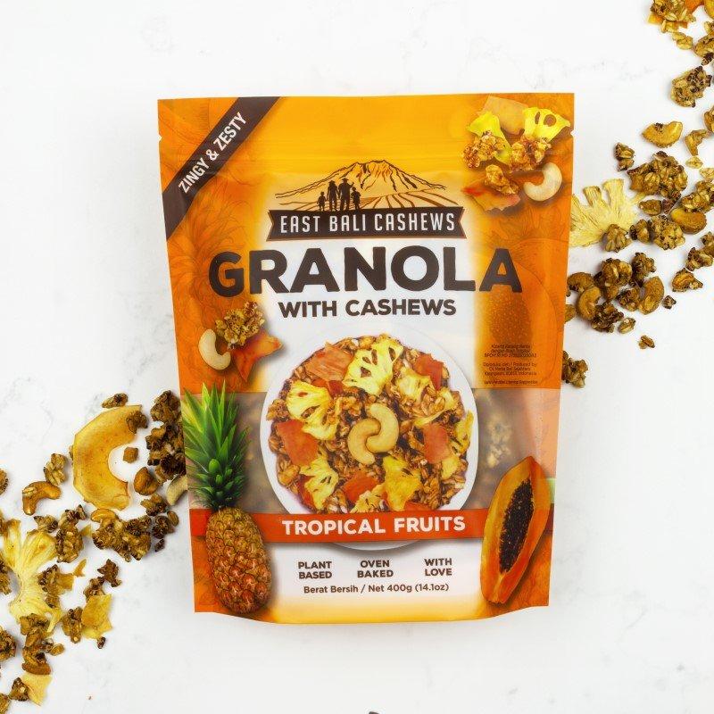 Granola tropisk frugt